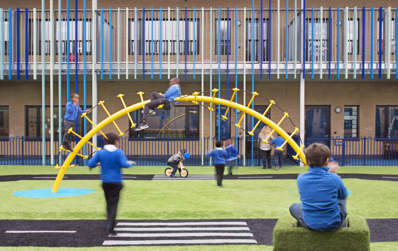 Play-area-at-special-needs-school-in-London-e1515829069780