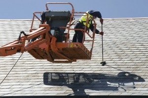 Roof-cleaning-from-aerial-platform